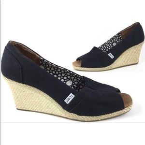 TOMS Black Canvas Jute Wedges SZ 5.5